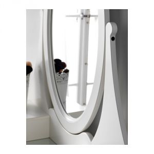 hemnes-tualetnyj-stolik-ikea2