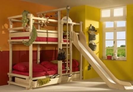 кровать двухъярусная с горкой фото