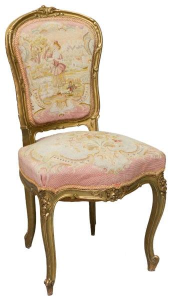 изысканный-стул-в-стиле-Людовика-15