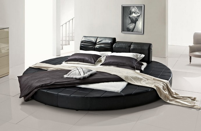Amazoncom Queen Size Round Bed with 2 Night Stande