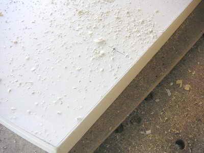 Разметка отверстий под установку мебельной петли
