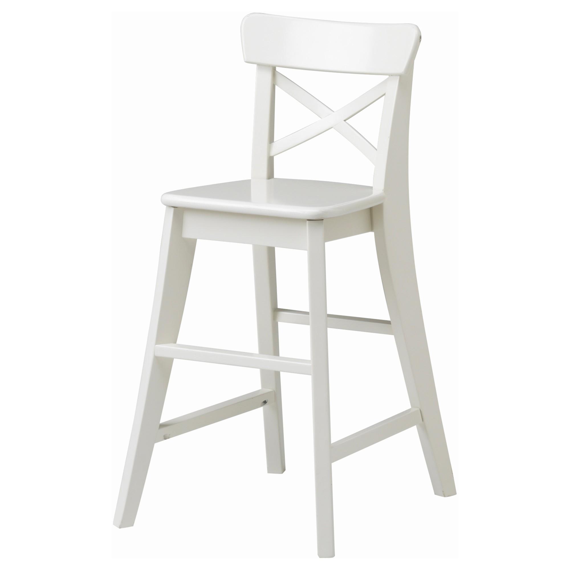 Барный стул из дерева белый