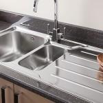 Кухонные мойки: фото обзор, виды и материалы