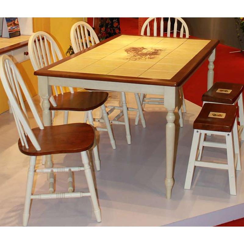 Обеденный стол с керамической плиткой