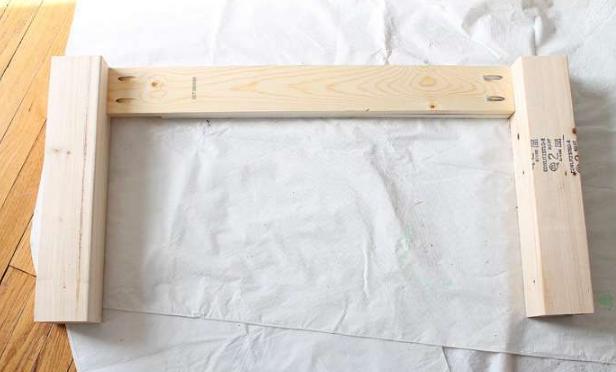 Готовая заготовка, соединяющая ножки столика